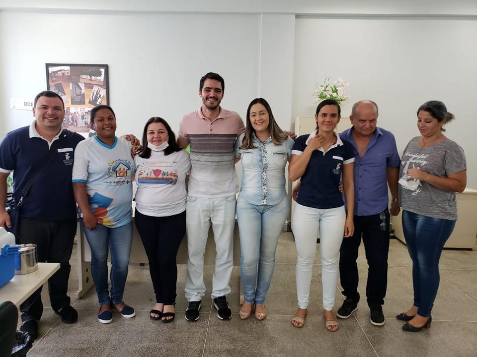 SECRETARIA DE SAÚDE LEVA VACINAÇÃO CONTRA INFLUENZA A ESCOLAS E INSTITUIÇÕES EDUCACIONAIS