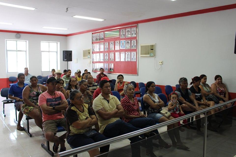 PREFEITURA REÚNE BOMBEIROS, PM E COMERCIANTES PARA DISCUTIR QUESTÕES RELACIONADAS ÀS FESTAS JUNINAS