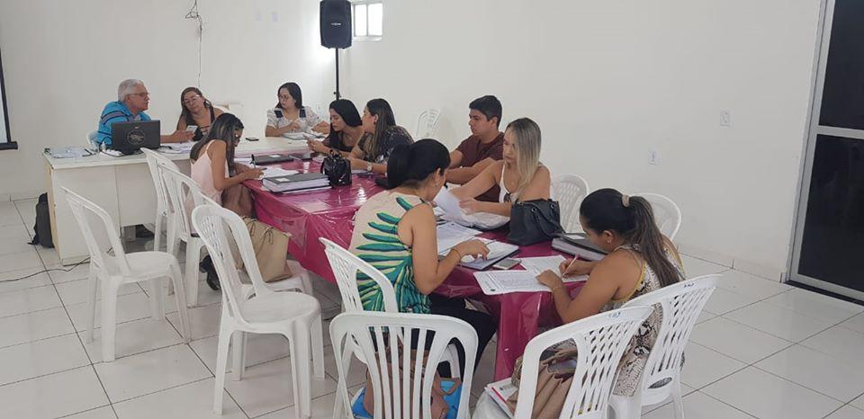 REDE DE ATENÇÃO BÁSICA, NASF E PSE REUNEM-SE PARA PLANEJAR NOVEMBRO AZUL